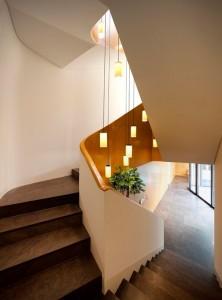 Escalera Interior Mop House
