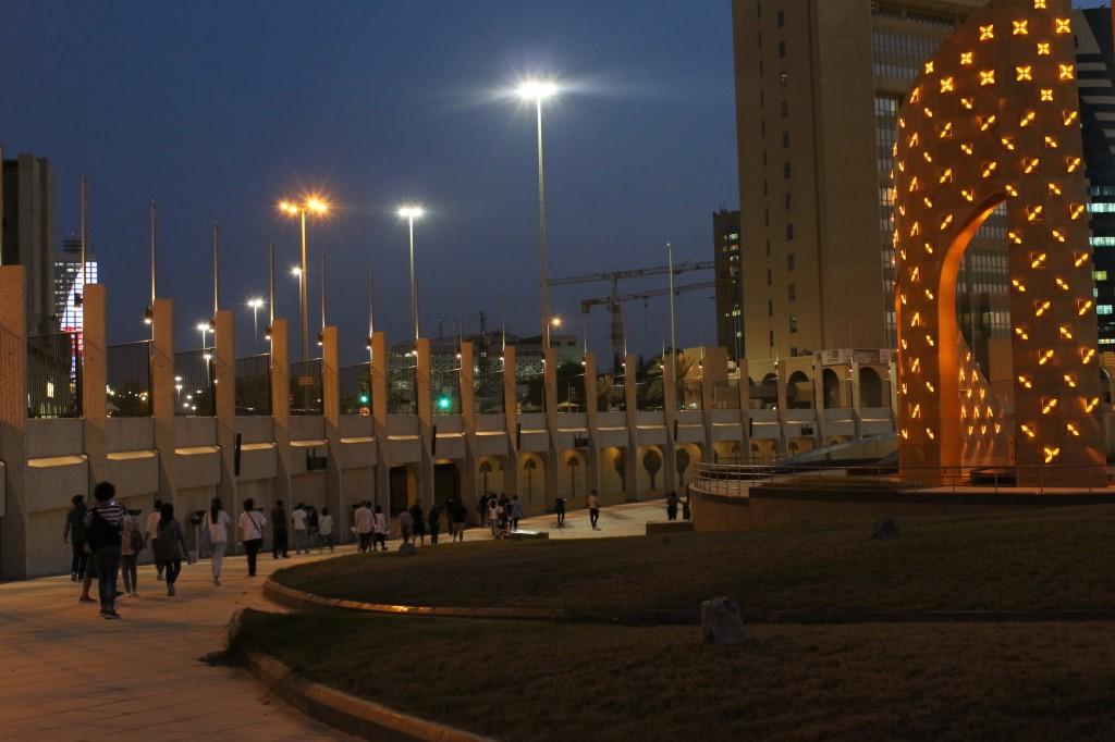 The tour participants make their way through Safat Square