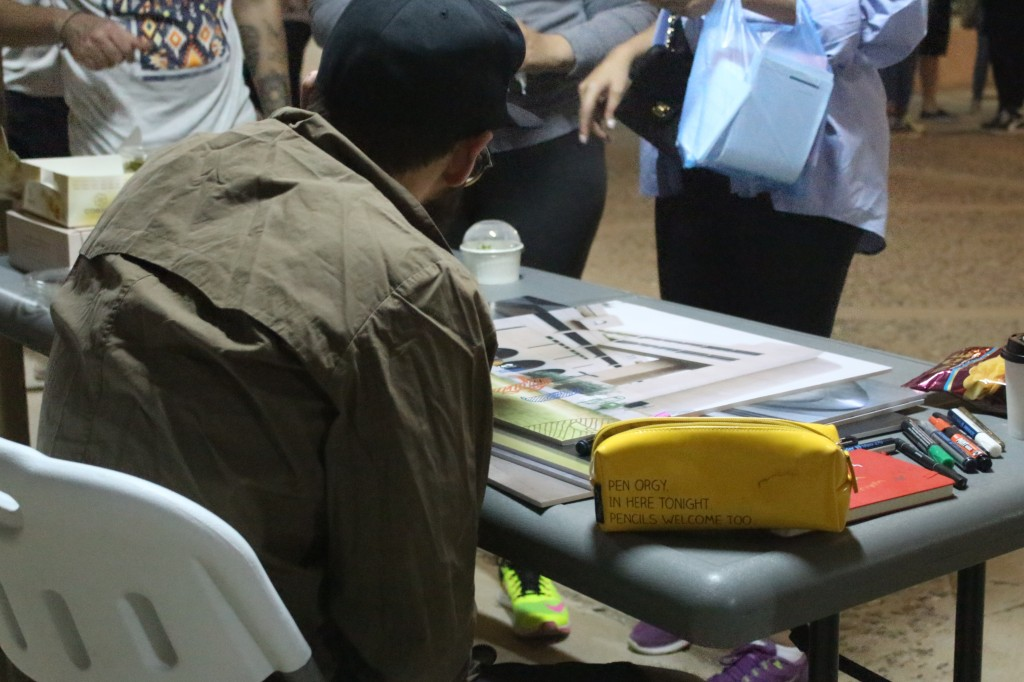Sulaiman Al Bader performs live art