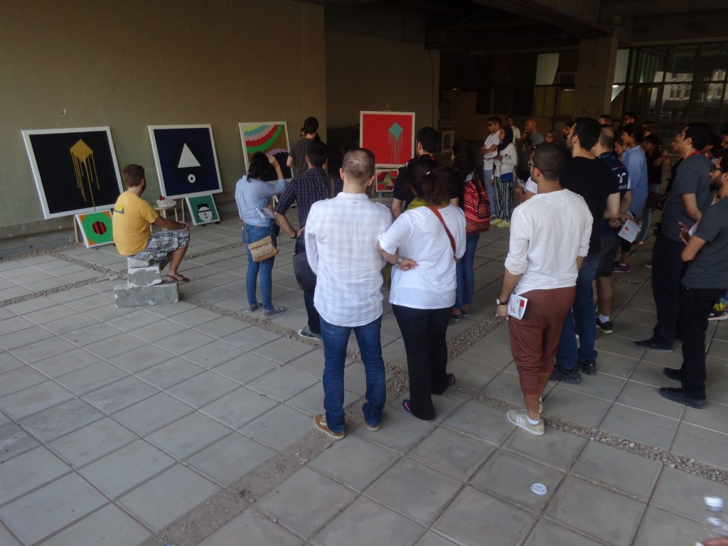 All the tour participants gather to view the artwork